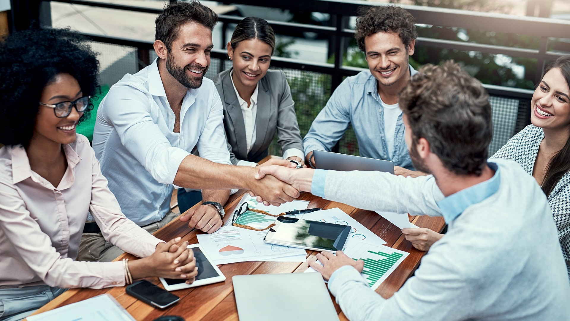 Saiba o que é o co-marketing e como implementá-lo no seu negócio!